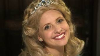 Sarah Michelle Gellar als Cinderella (Screenshot Youtube)