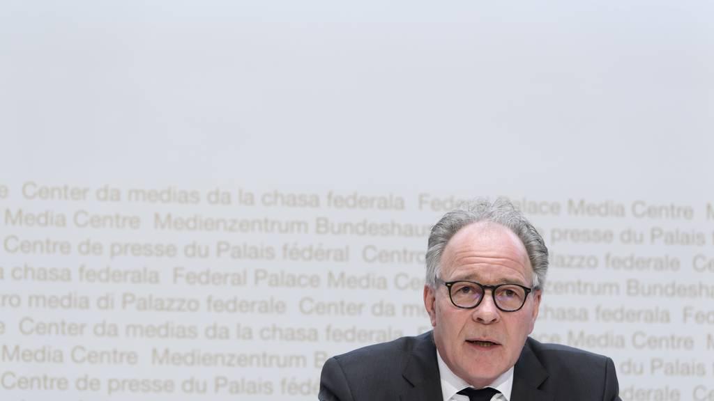 Boris Zürcher, Leiter der Direktion für Arbeit Seco, an einer Medienkonferenz.
