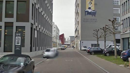 Die Diebe wurden in der Nähe des Tatortes an der Wagistrasse festgenommen.