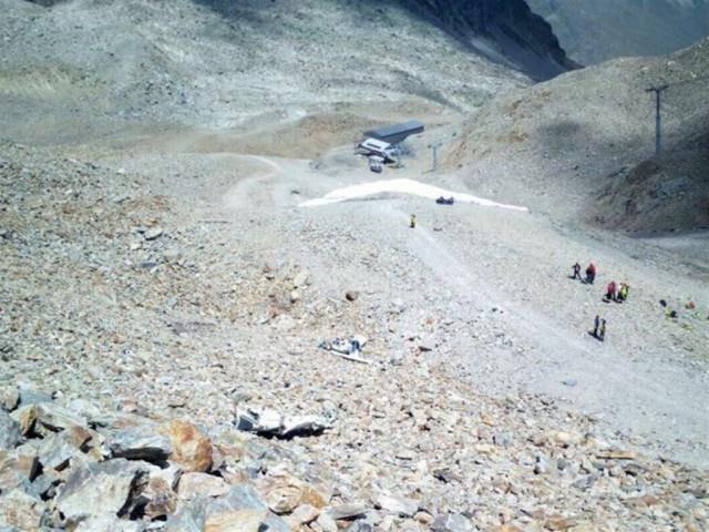 Zehn Minuten nach dem Start stürzte die Piper PA28 auf einer Höhe von 2800 Metern ab. (© Kapo GR)