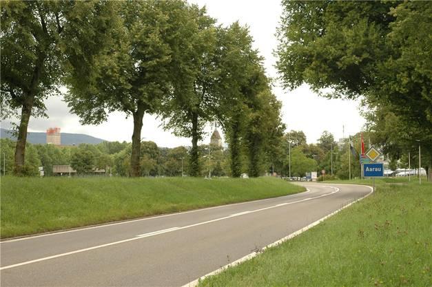 Von Westen her: Schachenstrasse