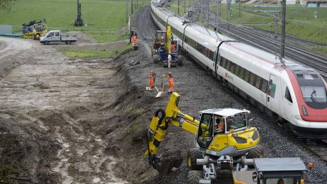 Am Unfallort fahren wieder Züge