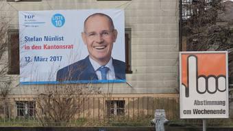 Zum Erfolg führte das Plakat in Überlebensgrösse zwar nicht, der heutige FDP-Präsident Stefan Nünlist verpasste 2017 die Wahl in den Kantonsrat. Aber hat das Stimmvolk trotzdem ein Anrecht, zu wissen, aus welchen Taschen Wahlkampagnen finanziert werden?