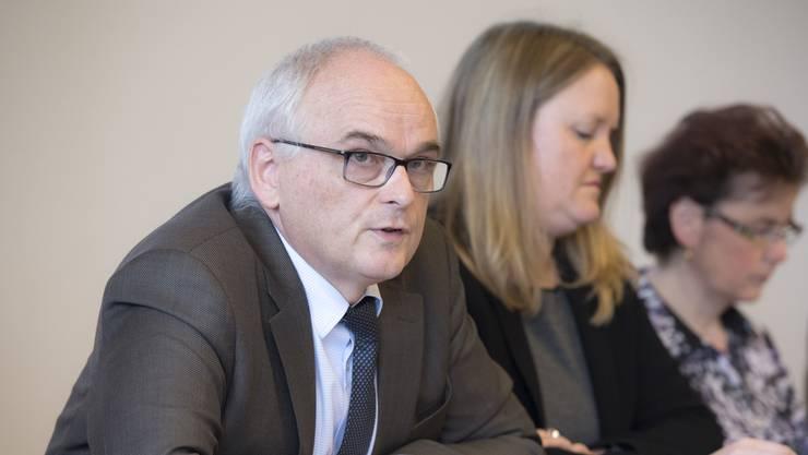 Pierre Alain Schnegg (SVP) ist Berner Gesundheits- und Fürsorgedirektor – und bei den Linken nicht eben beliebt.