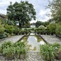 Blick von Vorder Brüglingen auf die Villa Merian: Die Pläne sahen eigentlich vor, den Wassergraben aufzuheben.