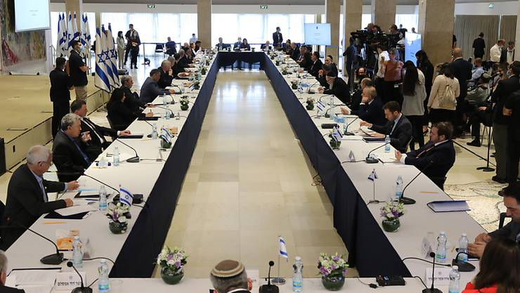 Eine Sitzung der neuen israelischen Regierung in der Knesset. Foto: Abir Sultan/Pool European Pressphoto Agency/AP/dpa