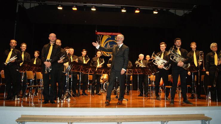 Die neu besetzte Musikgesellschaft Oeschgen unter der Leitung von Martin Hürzeler