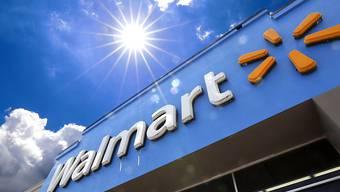 Der US-Einzelhändler Walmart installierte bei etwa 240 Supermärkten Solaranlagen. (Symbolbild)