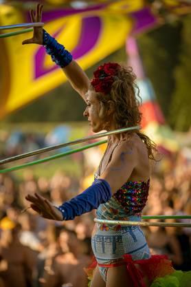 Reni Hardmeier bringt das Publikum am Phoenix Festival im August zum Staunen.