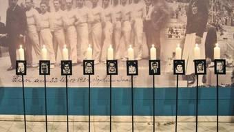 Kerzen mit Bildern der Opfer: Gedenkveranstaltung 40 Jahre nach dem Münchner Olympia-Attentat