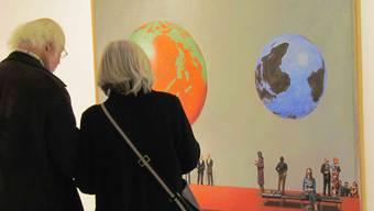 Mit den Weltkugeln will Guido Nussbaum die Existenz des Planeten infrage stellen.  Ursula Burgherr