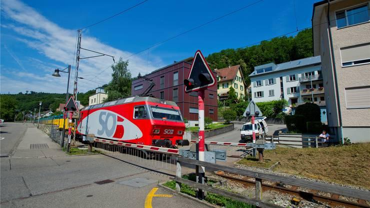 Bis 2016 soll die Nationalbahnstrecke der SBB als Ausweichtrassee für Güterzüge tagsüber und in der Nacht dienen.