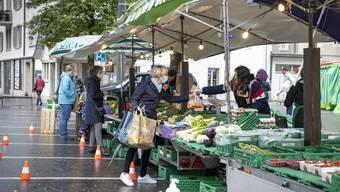 Erster offizieller Wochenmarkt in Coronazeiten in Olten