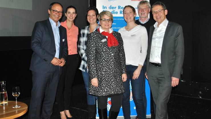 Der Gewerbeverein Gewerbe Region Frick-Laufenburg mit Präsidentin Franziska Bircher (Mitte) lud zum Netzwerkanlass mit Referaten und einem Podiumsgespräch. Mit dabei war auch Regierungsrat Urs Hofmann (rechts).
