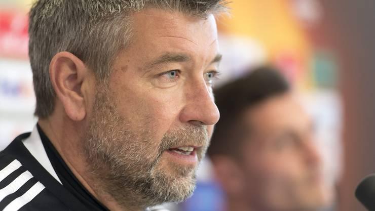 Urs Fischer an der Pressekonferenz zum Europa-League-Spiel gegen die AC Fiorentina.