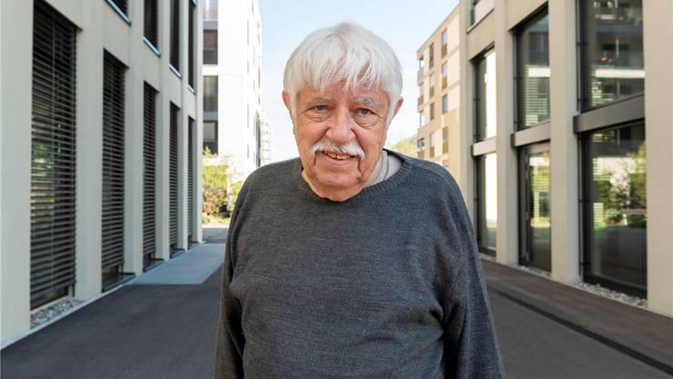 Der Lenzburger Fotograf Hans Weber.