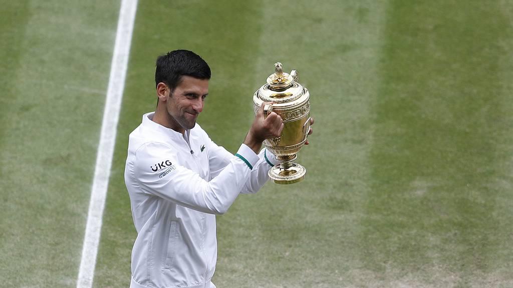 Novak Djokovic zieht mit Federer und Nadal gleich