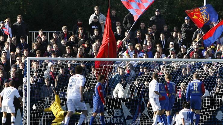 Full House hiess es 2007 beim SC Binningen. Auf dem Sportplatz Spiegelfeld verlor der SC gegen den FC Basel mit 1:6.