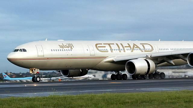 Eine Maschine der Etihad Airways wurde wegen dem falschen Terror-Alarm umgeleitet (Symbolbild)