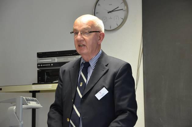 Hans Rudolf Fehrlin stellt die Stiftung Pro Aero vor