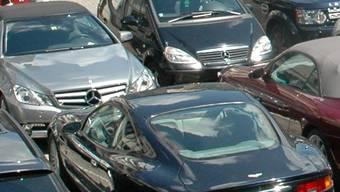 Wer am Zollrain durchs Fahrverbot fährt, bringt der Stadt Aarau viel Geld.