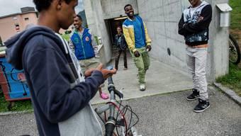 Die seit Jahren andauernden Krisenherde in der Welt haben die Zahl der Flüchtlinge und dementsprechend die Anzahl der Asylgesuche in Europa und der Schweiz steigen lassen. (Archiv)
