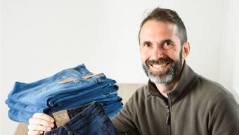 Der in Lengnau aufgewachsene Sascha Hümbeli hat das Jeans-Label Torland gegründet. Alex Spichale