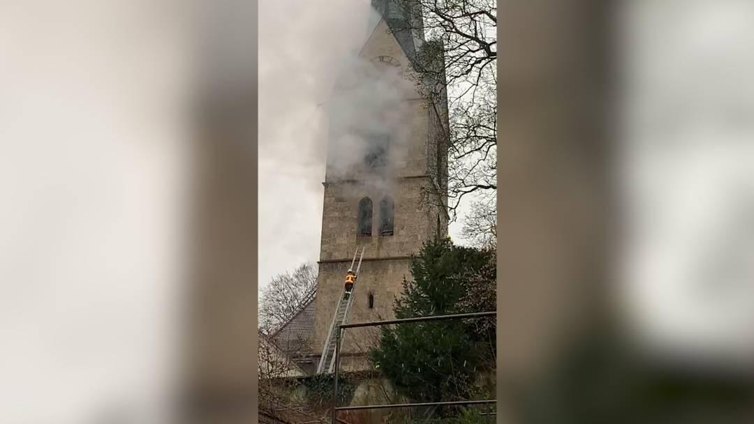 Ausgerechnet an Heiligabend: Turm der Kirche von Herzogenbuchsee brennt