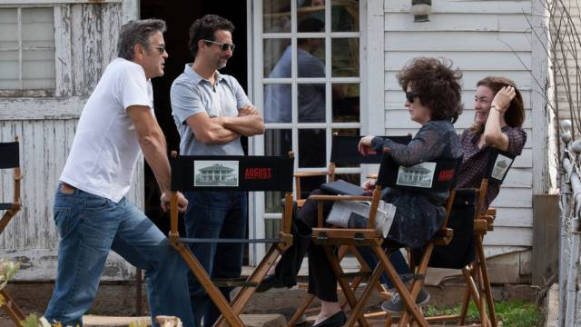 George Clooney (links) wagt sich an Abhörskandal-Film (Archiv)