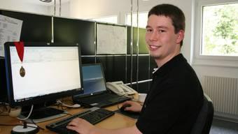Informatik-Genie: An den Berufs-WM in Kanada klassierte sich Martin Dörig, der in Boswil arbeitet, auf dem fünften Platz und holte sich eines der begehrten Diplome. (ama)