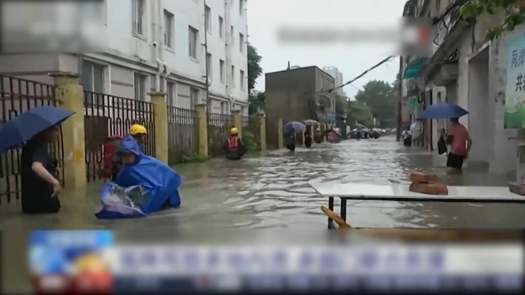 China: Mindestens zwölf Tote und zehn Vermisste bei Überschwemmungen
