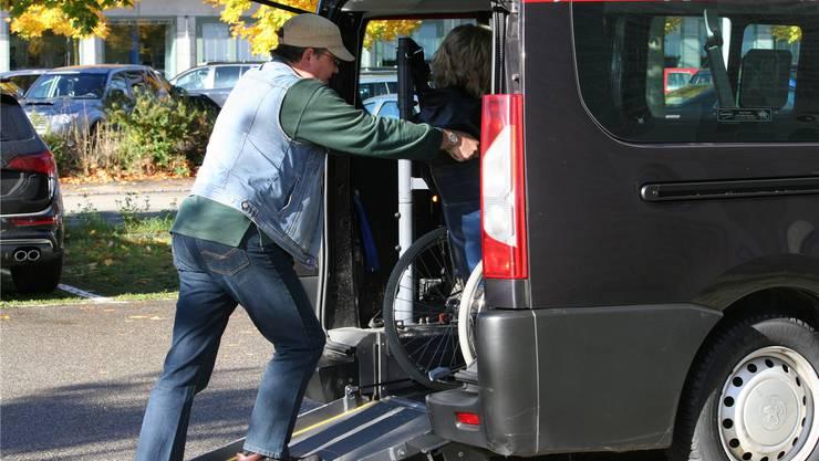 Nicht gestrichen wie in anderen Gemeinden auf Empfehlung des Einwohnergemeindenverbands wurde der städtische Beitrag an den Fahrdienst Inva Mobil.