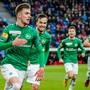 Grosser Jubel beim neuen Leader FC St. Gallen: Betim Fazliji, Jeremy Guillemenot, Leonidas Stergiou und Silvan Hefti.