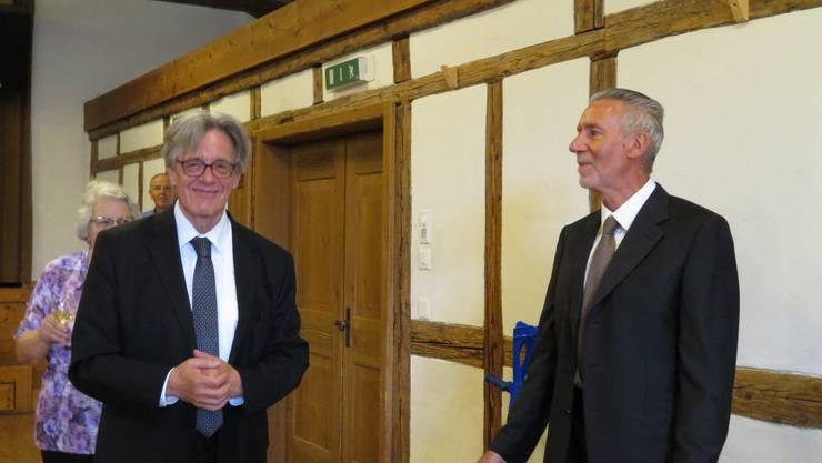 Links Pfarrer Walter Wickihalder und  auf der rechten Seite Pfarrer Ueli Schwendener