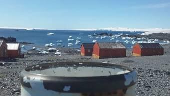 In der Argentina National Meteorological Service Base Esperanza in der Antarktis war es am Donnerstag 18,3 Grad warm, etwa gleich wie gleichzeitig im sonnigen Kalifornien.