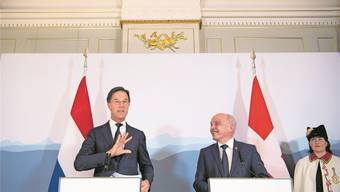 «Die Schweiz ist jetzt am Ball»: der niederländische Regierungschef Mark Rutte (links) mit Bundespräsident Ueli Maurer. Anthony Anex/Keystone