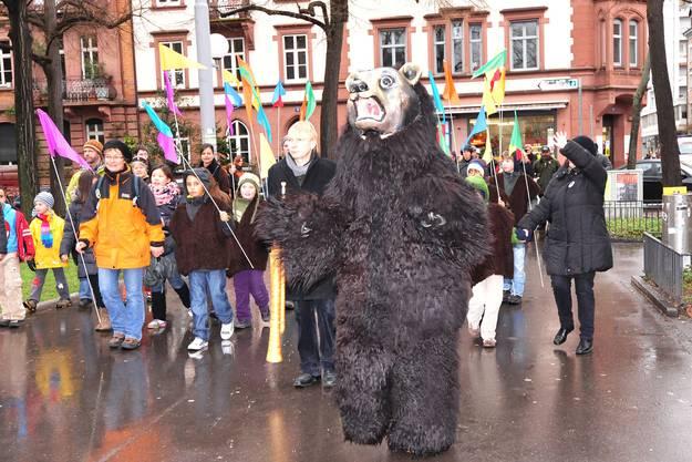 Marsch des Bären durchs Kleinbasel