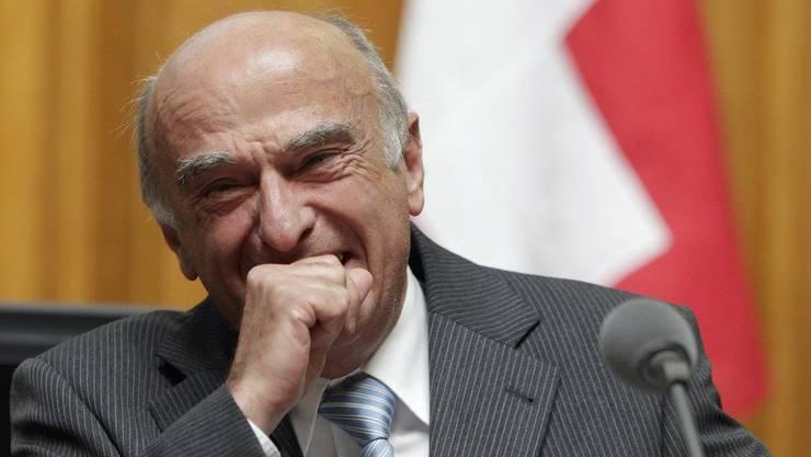 Bü-Bü-Bündnerfleisch - legendärer Lacher vom damaligen Bundesrat Hans-Rudolf Merz am 20. September 2010 bei der Beantwortung einer Frage während der Fragestunde im Nationalrat.