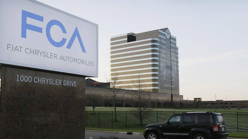 Autokauf per Mausklick: Fiat Chrysler will zunächst Käufer in Italien mit grosszügigen Rabatten dazu verführen. (Archiv)