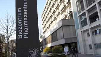Muss dem Biomedizin-Neubau Platz machen: Das 1971 gebaute Biozentrum an der Basler Klingelbergstrasse.