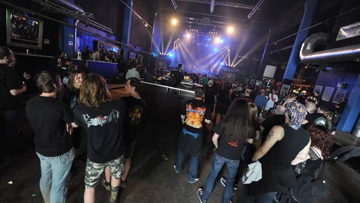 So geht es in der Konzertfabrik zu und her: Bilder vom Metal Day Festival