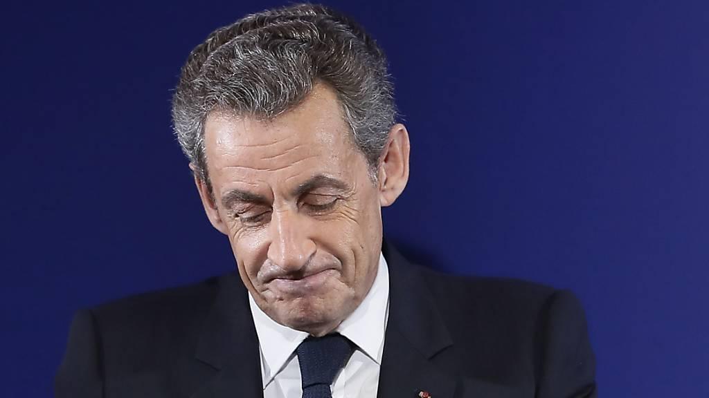 Sarkozy wegen illegaler Wahlkampffinanzierung vor Gericht