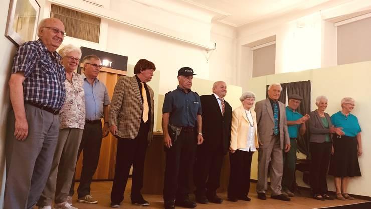 Erfolgreich unterwegs: Das Seniorentheater Lyss beim Schlussapplaus