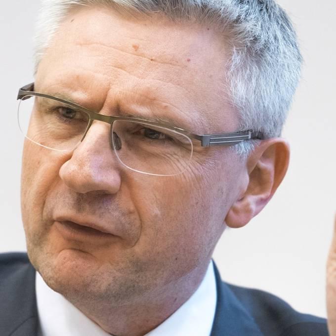 Andreas Glarner hört auf