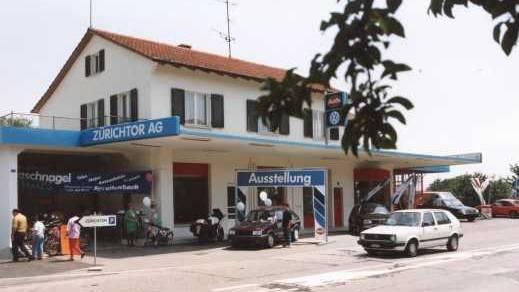 Autocenter Baschnagel: Die Garage Zürichtor in Spreitenbach in den 90er-Jahren.