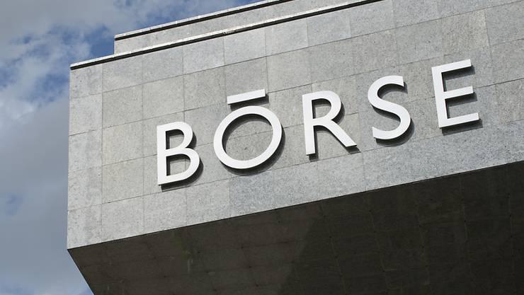 Die Schweizer Börse hat am Freitag nach schwachen Konjunkturdaten aus China deutliche Verluste eingefahren.