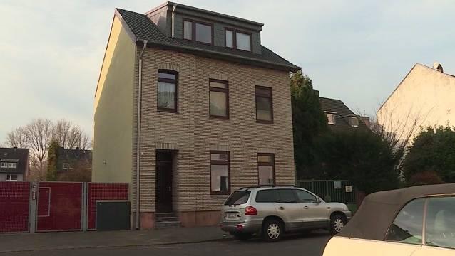 In der Dachwohnung dieses Hauses in Düsseldorf lebte der pädophile Hilfskoch.