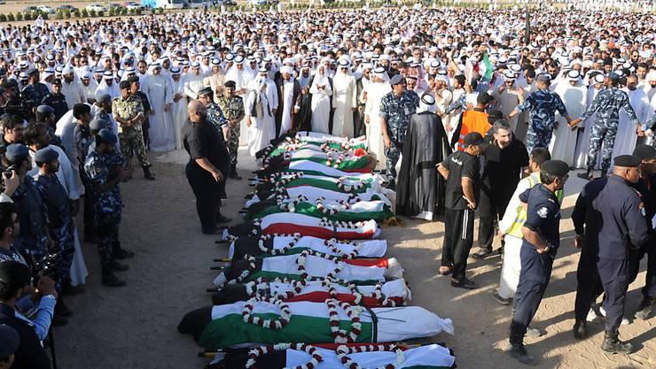Trauer in Kuwait: Opfer des Terroranschlags aufgebahrt