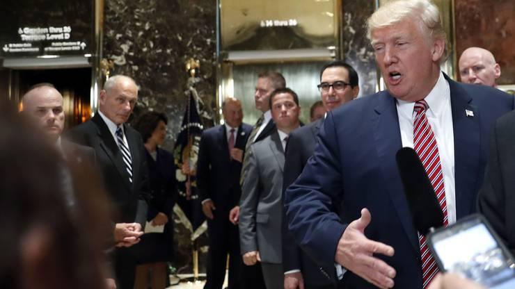 Trump stellte sich den Reporterfragen – und überrumpelte damit seinen Staff.