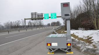Seit März verfügt die Kantonspolizei Solothurn über ein semistationäres Radargerät Bredar.